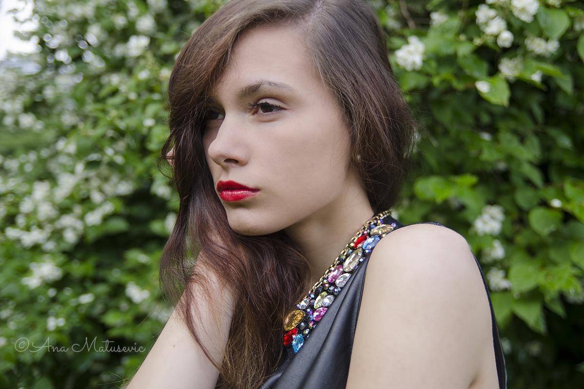 Aleksandra-kiss the rain5