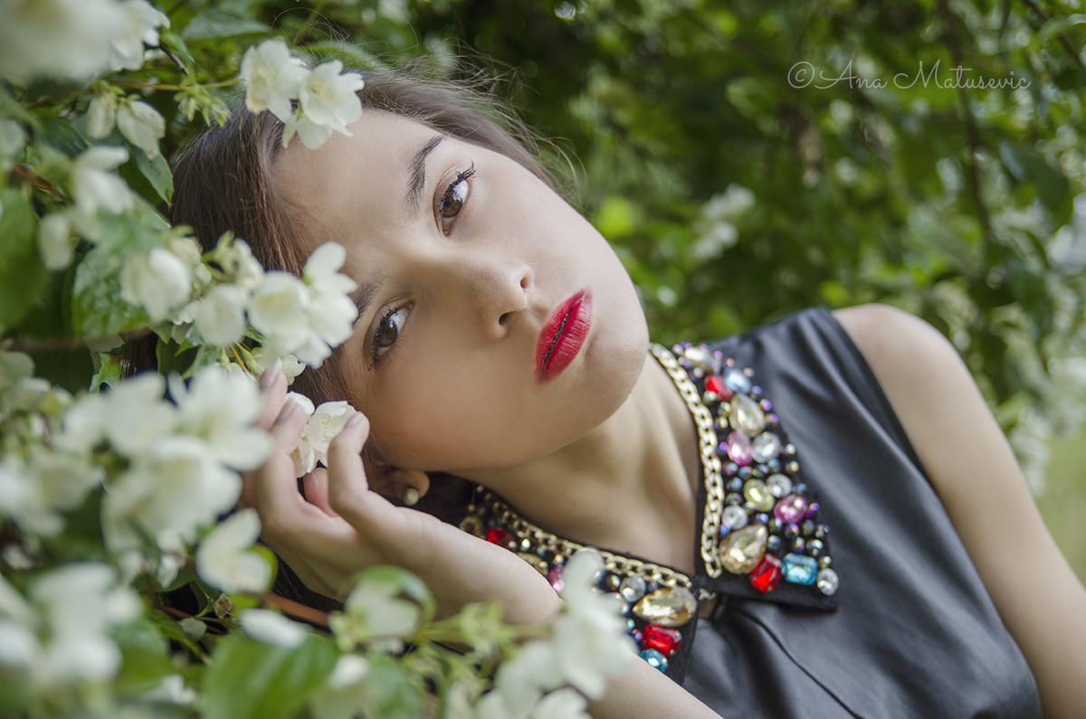 Aleksandra-kiss the rain3