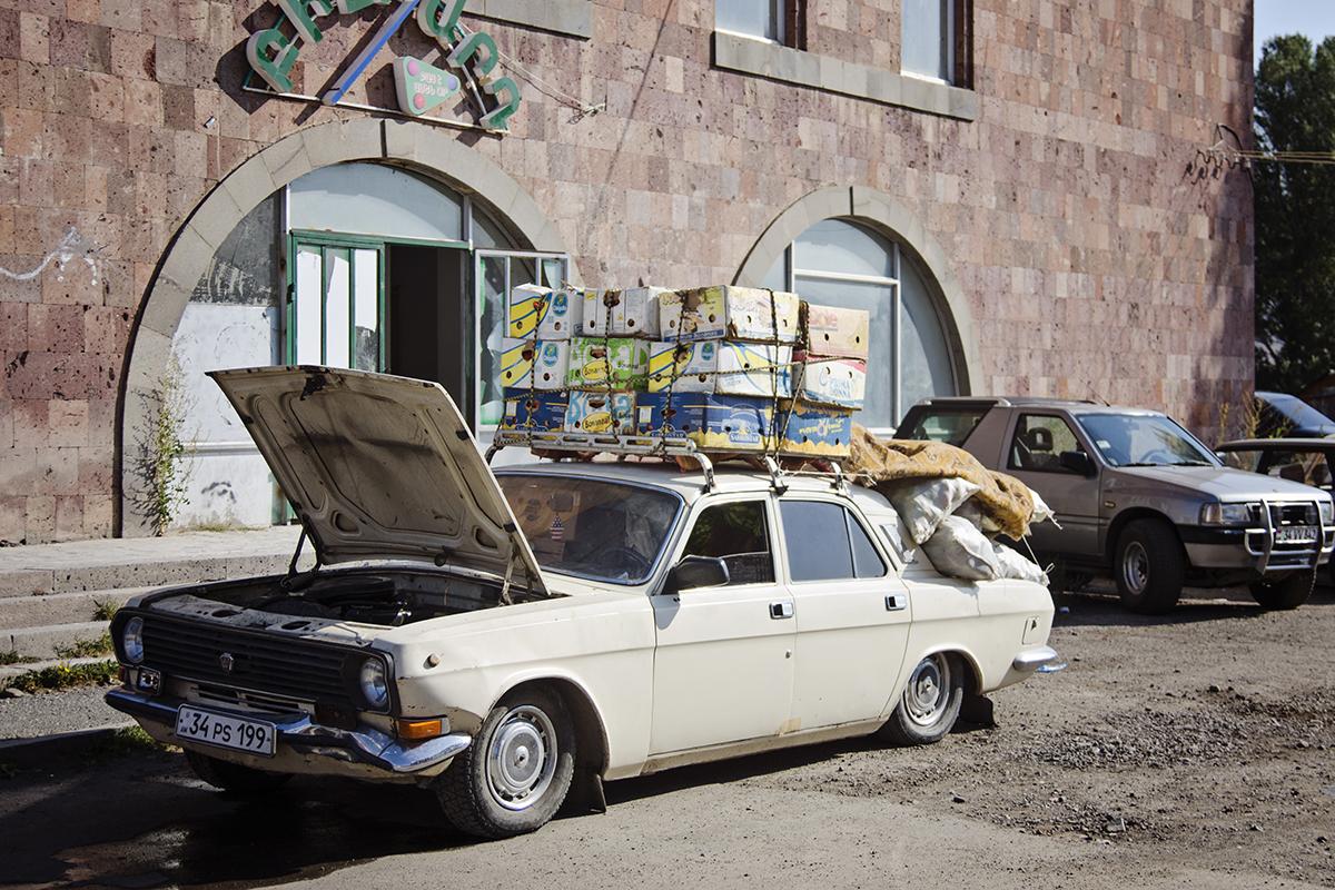 samochody w Armenii