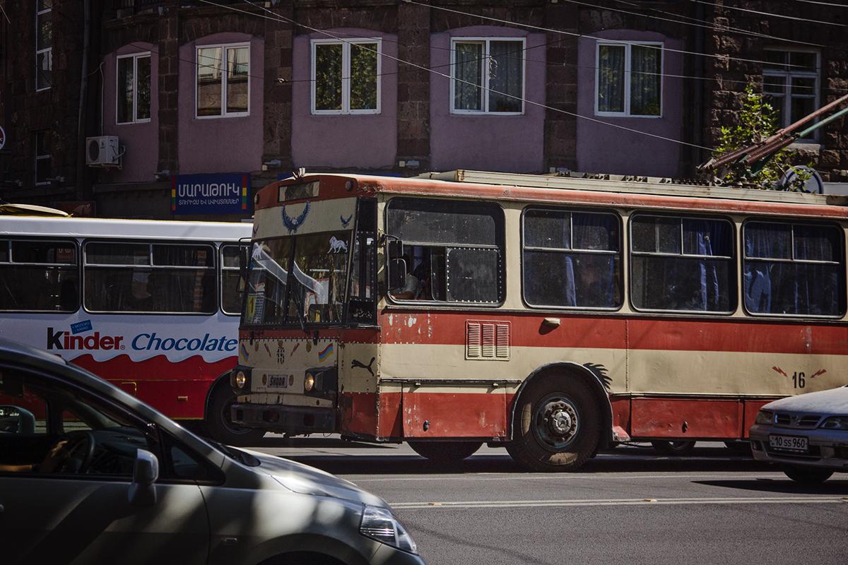 stary trolejbus armenia