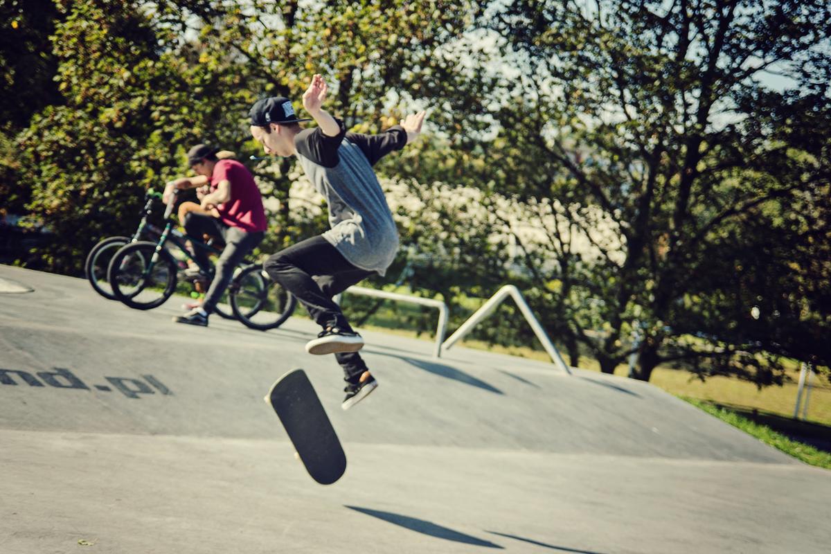 zabawa w skatepark