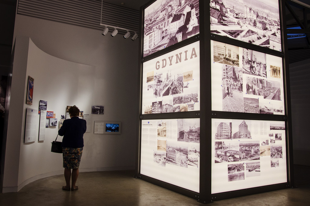 muzeum_emigracji_plakat_gdynia